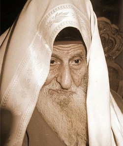 Rabbi Yitzhak Kaduri: Wikipedia/חגי אדלר