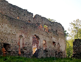 Have the walls protecting your mind been breached? Photo Rauna Castle: Wikipedia
