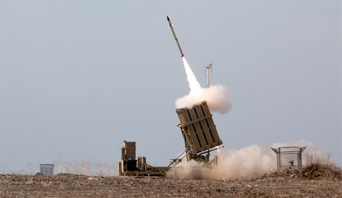 Missile launched from Israel's Iron Dome defense system against Hamas rocket attack: Wikipedia/Flicker/IDFonline