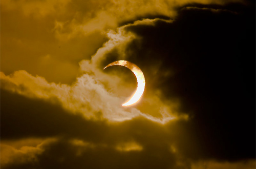 Solar Eclipse over Gough Island, South Atlantic in 2009. Photo: Chantal Stey/Foter/CC BY_NC_ND