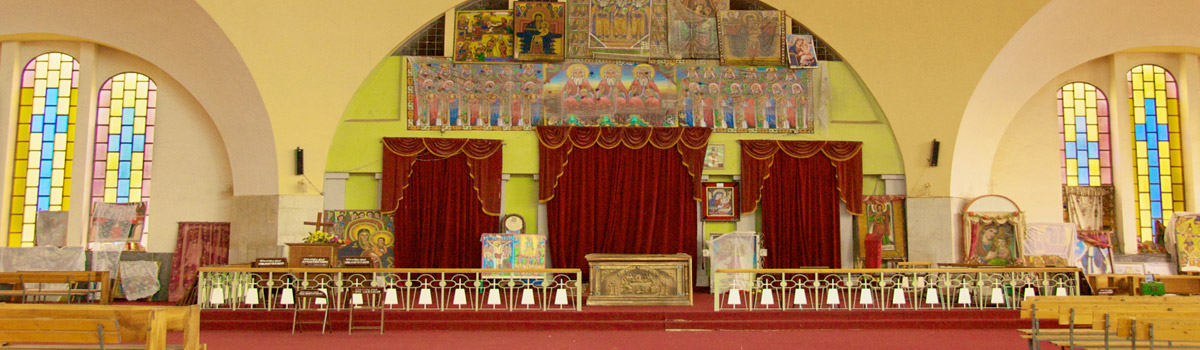 The queen of sheba and the jewish ark of the covenant opentheword inside st marys church of zion in axum ethiopia the church claims to publicscrutiny Images