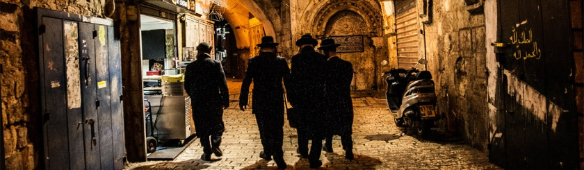 Orthodox Jews walking down a street in Old Jerusalem. Photo: Rico Grimm/Flickr/Creative Commons 21millimeters.ricogrimm.de