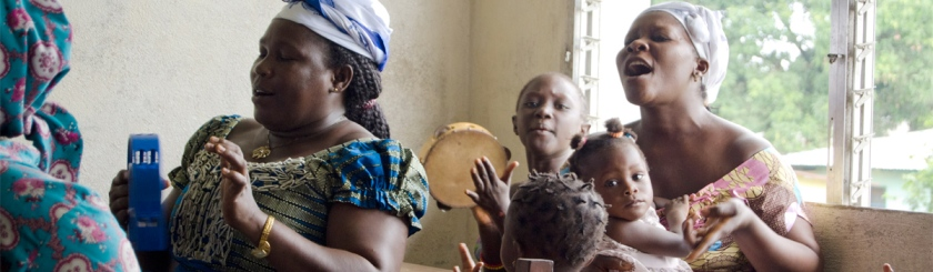 Small Pentecostal church service in Liberia. Photo: Multimedia Photography/Flickr/Creative Commons