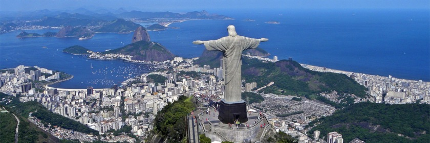 Christ the Redeemer statue overlooking Rio De Janerio Photo: Artyominc/Wikipedia