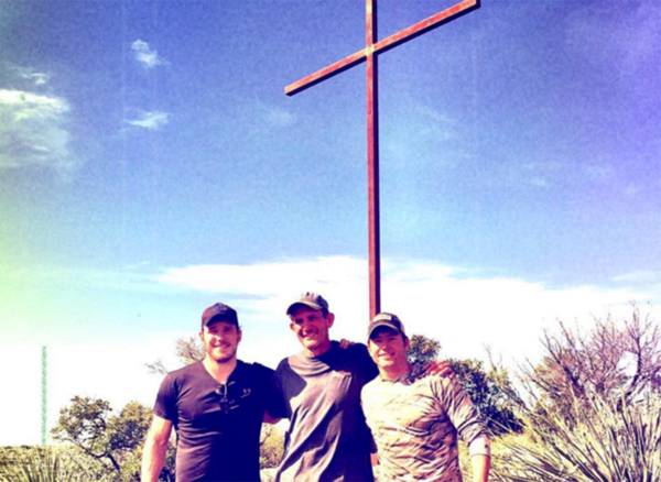 Actor Chris Pratt and friends with their cross. Credit: Instagram/Relevant Magazine