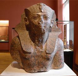 Thutmose 4 - Wikipedia/Louvre Museum