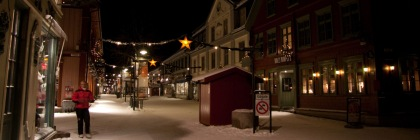 Notice the star as part of street Christmas decorations in Lillehammer, Norway. Credit: Peta Chow/Flickr/Creative Commons