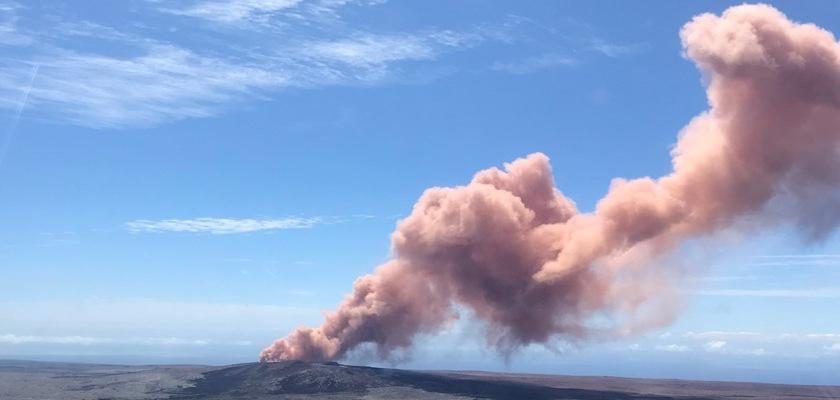 Volcanic column of smoke on Hawaii's Big Island taken May 7, 2018 Credit: macprohawaii/US Geological Survey/Flickr/Public Domain