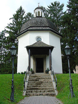 Silent Night Chapel in Orbendorf, Austria where Silent Night was first sung: Credit: Kim Davies/Flickr