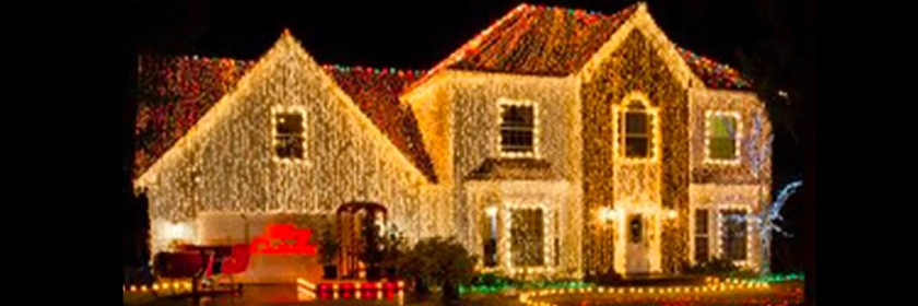 Morris home with its 200,000 Christmas tree lights Credit: Youtube capture/Fox News