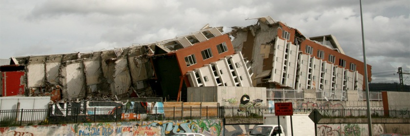 Some of the damage from the massive 8.8 magnitude earthquake that hit off the coast of Chile on February 27, 2010. Credit: Claudio Saavedra/Flickr/Creative Commons