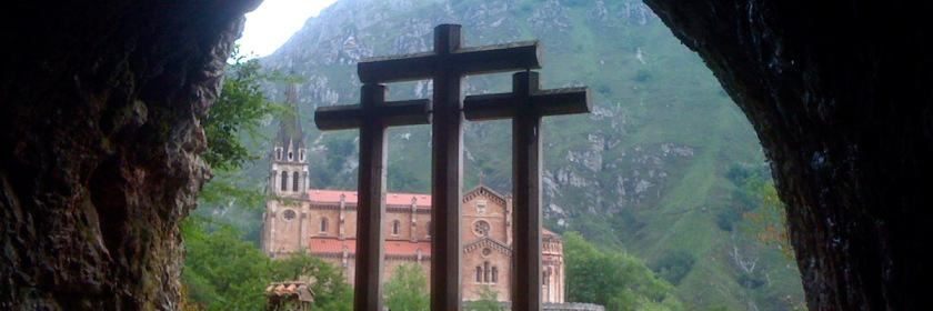 Though there were three crosses on Calvary, Christ only died on one of them. Credit: s3rrot/Flickr/Creative Commons