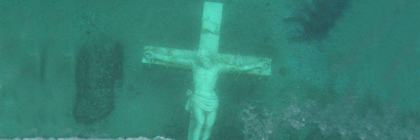 Statue of Christ at the bottom of Lake Michigan Credit: petoskeyarea.com