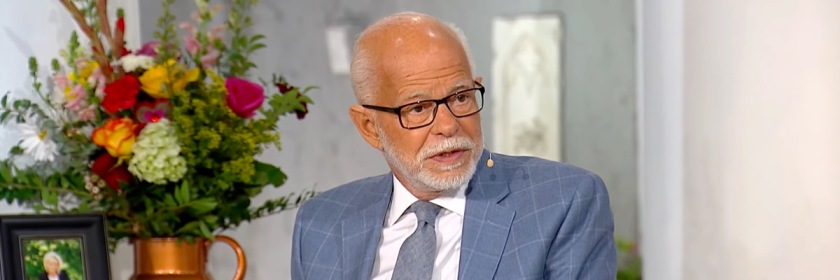 Jim Bakker Credit: YouTube Capture/The Jim Bakker Show